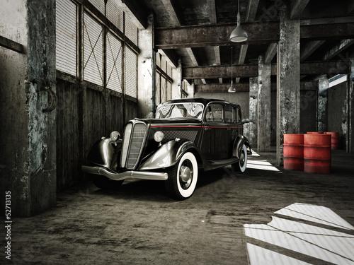 oldtimer-w-starym-fabrycznym-budynku