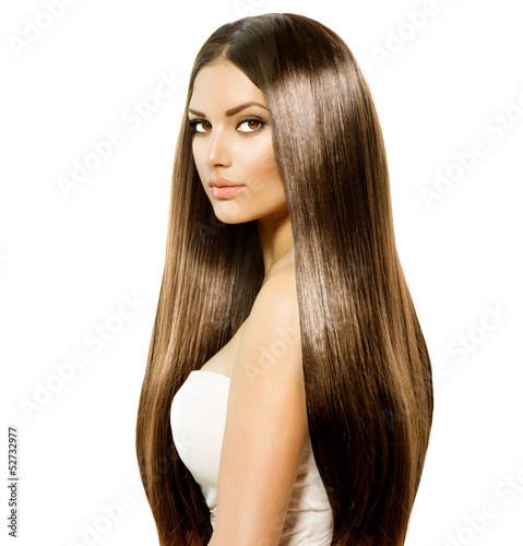 Fényképezés  Beauty Woman with Long Healthy and Shiny Smooth Brown Hair