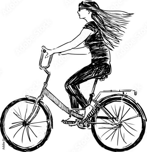 dziewczyna-jedzie-na-rowerze