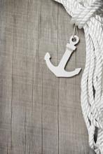 Hintergrund Maritim - Hafen - Rettungsanker Und Tauwerk