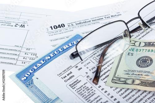 Fotografie, Obraz  Tax preparation