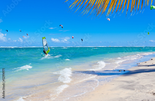 kitesurfing-windsurfing