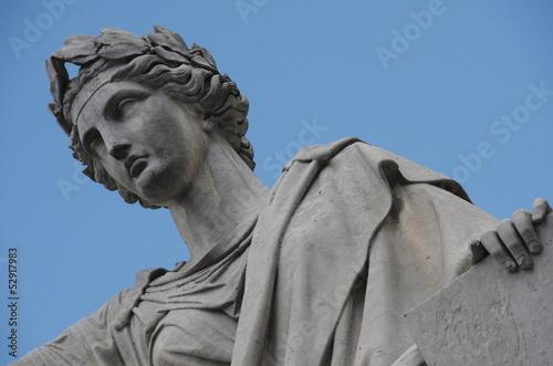 Valokuva  Statue la Loi - Palais bourbon