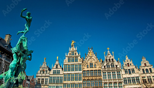 Foto op Plexiglas Antwerpen Nice houses in the old town of the city