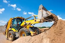 Excavator Machine Unloading Sa...