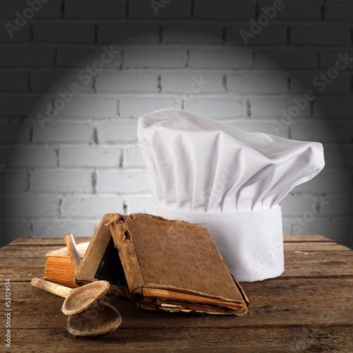 biala-czapka-szefa-kuchni