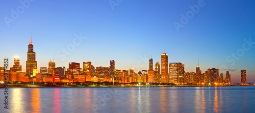 Papiers peints Chicago City of Chicago USA, sunset colorful panorama skyline