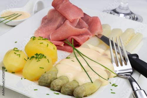 Fototapete Spargel Mit Sauce Hollandaise Schinken Und Kartoffeln