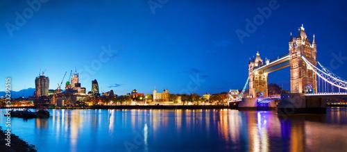 Foto op Canvas Londen Tower Bridge in London, the UK at night