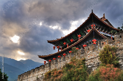 Fotobehang China South Gate, Dali Ancient City, Yunnan Province, China
