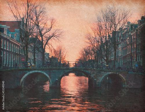 wieczor-w-amsterdamie-holandia-tekstury-papieru