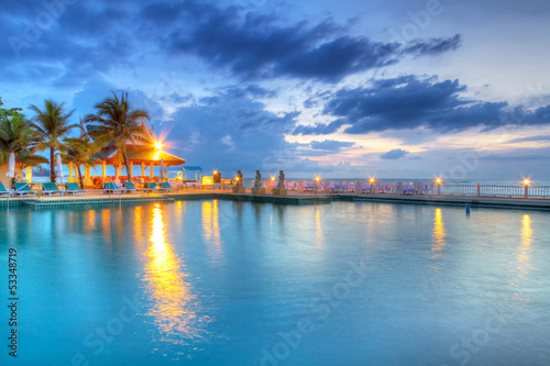 In de dag Egypte Sunset at swimming pool in Thailand