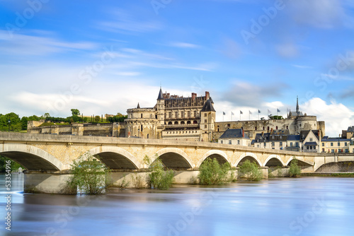 Photo  Amboise, village, bridge and castle. Loire Valley, France