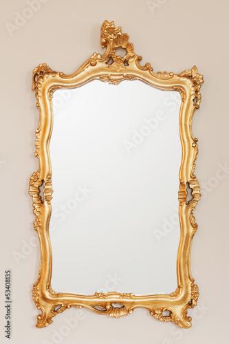 Fotografía  Golden mirror frame