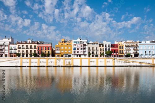 Barrio de Triana junto al río Guadalquivir, Sevilla (España)