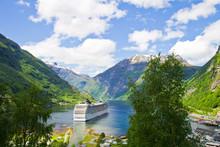 Fiordi Norvegesi, Crociera