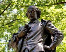 William Shakespeare, Central P...