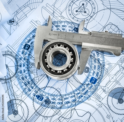 Fotografía  Technical drawings with the bearing