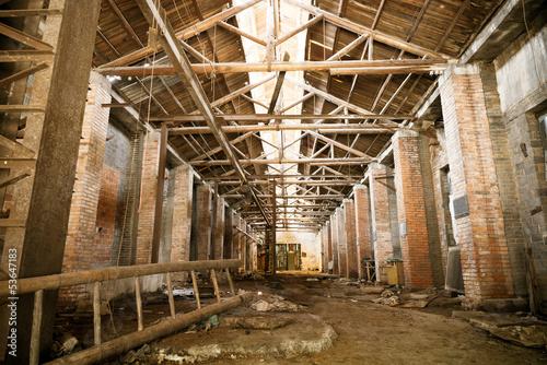 Deurstickers Oude verlaten gebouwen Abandoned factory
