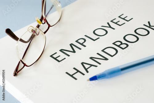 Fotografía  employee handbook