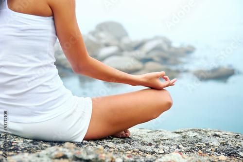 Keuken foto achterwand Ontspanning yoga lifestyle woman