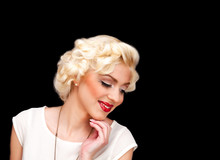 Blond Model Like Marilyn Monr...