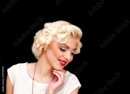 Photo  blond model like Marilyn Monroe in white dress with red lips