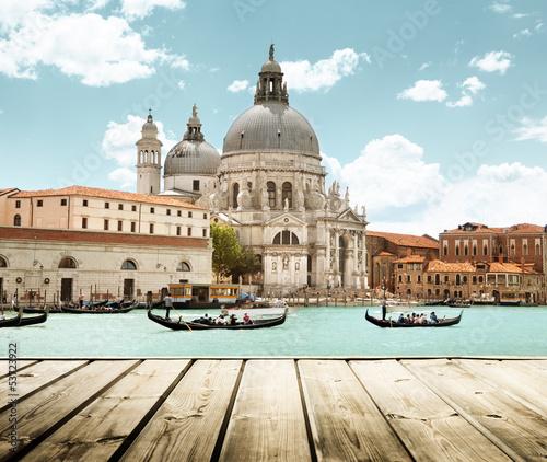Cadres-photo bureau Venice Basilica Santa Maria della Salute, Venice, Italy and wooden surf