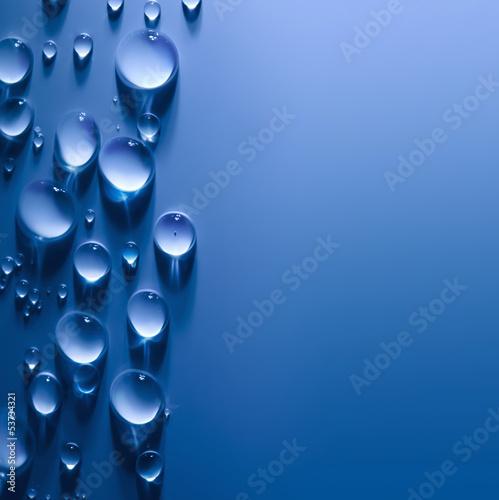 abstrakt-woda-opuszcza-tlo-z-pieknym-swiatlem