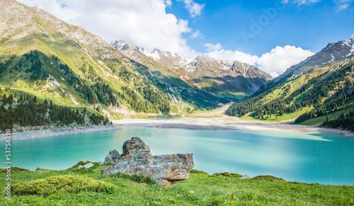 Poster Natuur Spectacular scenic Big Almaty Lake in Almaty, Kazakhstan,Asia