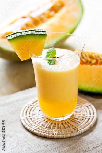 Photo  Cantaloupe smoothie