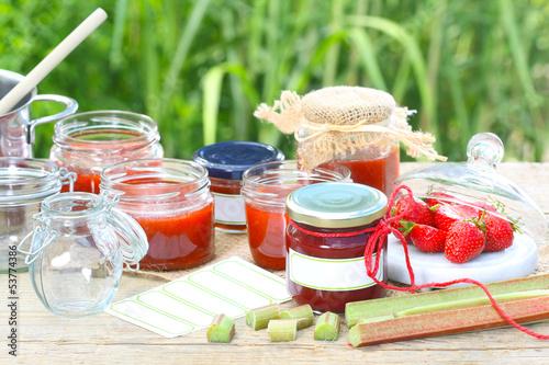 Sommerküche Kaufen : Marmelade kochen sommerküche u2013 kaufen sie dieses foto und finden