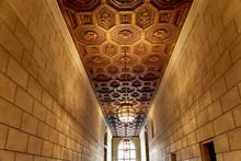Couloirs Dans Un Immeuble Ancien