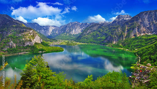 Fotobehang Meer / Vijver amazing Alpine lakes, Hallstatt, Austria