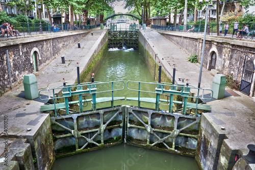 Fotografía  Ecluse du temple, canal Saint-Martin, Paris