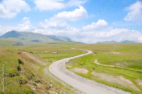 Plateau of Fonte Vetica, Gran Sasso, Abruzzo, Italy фототапет