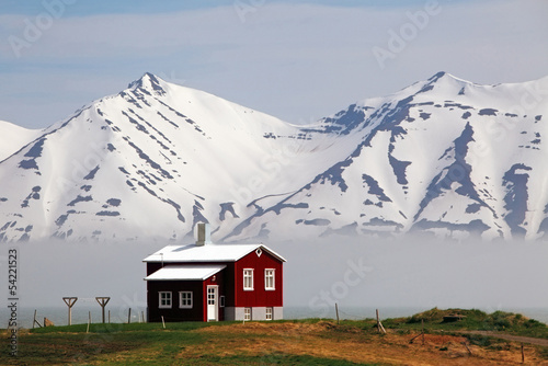 Poster Scandinavie House at fjord of Iceland