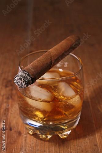 alkohol-i-cygaro
