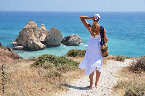 Foto op Plexiglas Cyprus Girl walking to the beach at the Aphrodite birthplace, Cyprus