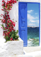Fototapeta na wymiar Traditional greek door on Mykonos island, Greece