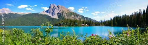 Deurstickers Panoramafoto s Panorama lac emerald, canada