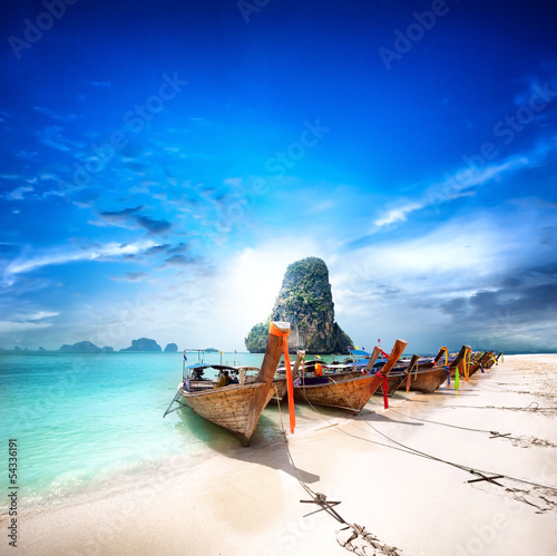 Poster Tropical plage Tropical island travel landscape. Thailand beach and boats