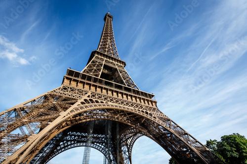 Fototapeta Wide View of Eiffel Tower from the Ground, Paris, France obraz na płótnie