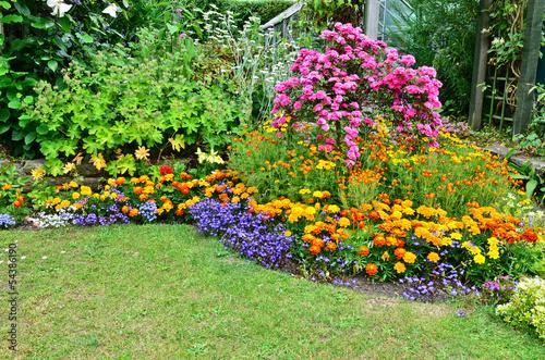 Fotobehang Tuin Summertime garden