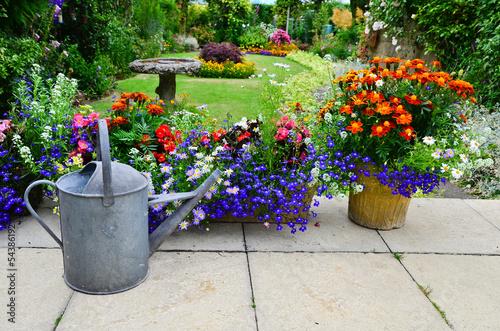 Fotobehang Tuin Patio flower display