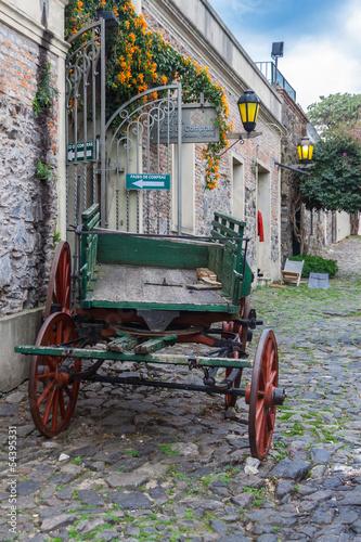 colonia-urugwaj-village-chariot