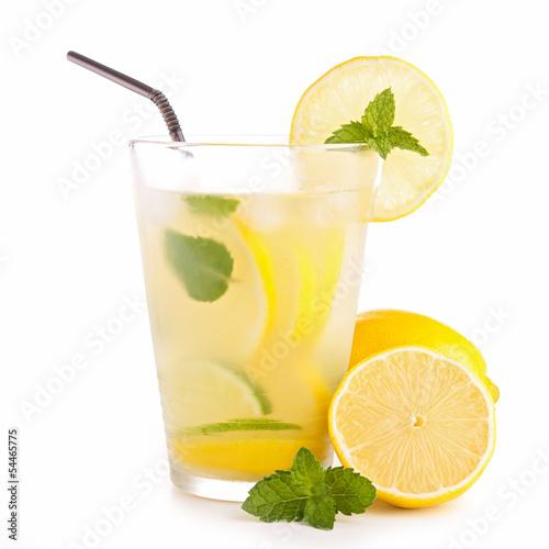 Fotografia ice cold lemonade