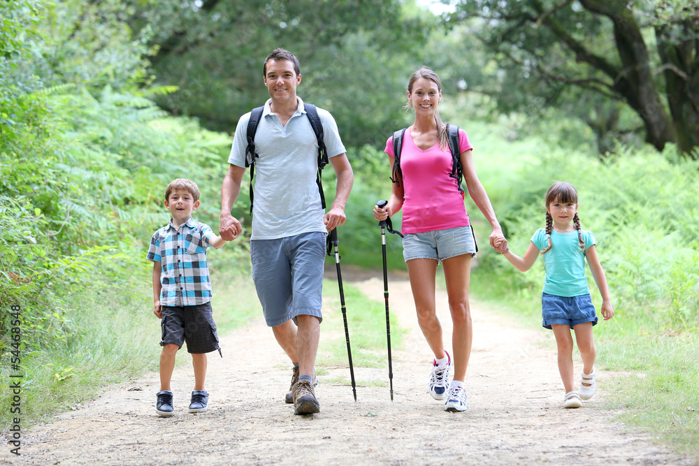 Fototapety, obrazy: Family on a trekking day in countryside