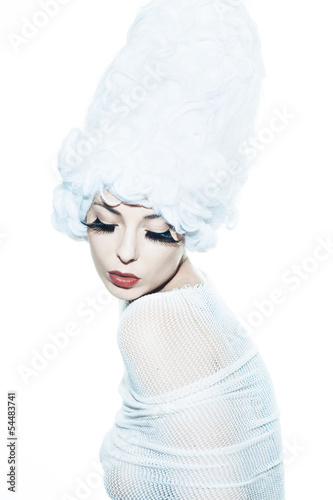 Fotografia avant-garde fashion portrait