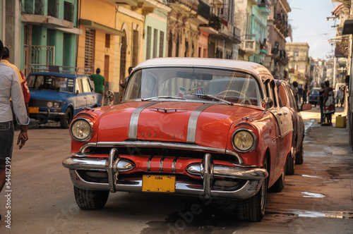 In de dag Havana old car on street in Havana